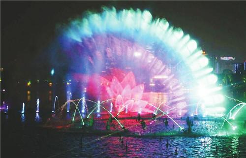 """""""泉城夜宴·明湖秀""""首次商演——浓浓济南味儿"""