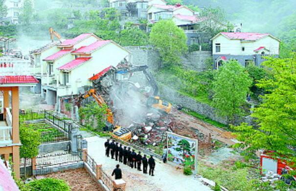 济南南部山区今年已累计拆除违建368处31.6万平方米