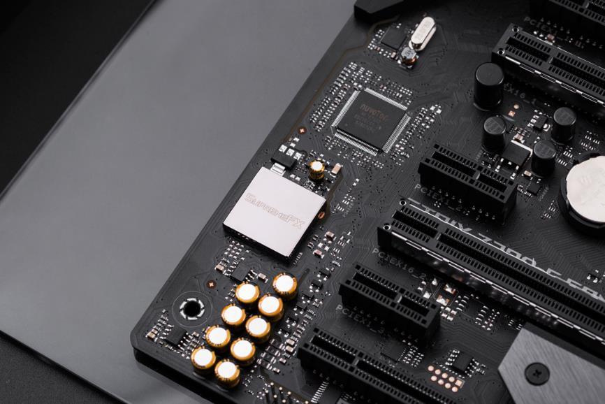 刺客信条服务器维护 华硕Z390电竞主板带你重温经典