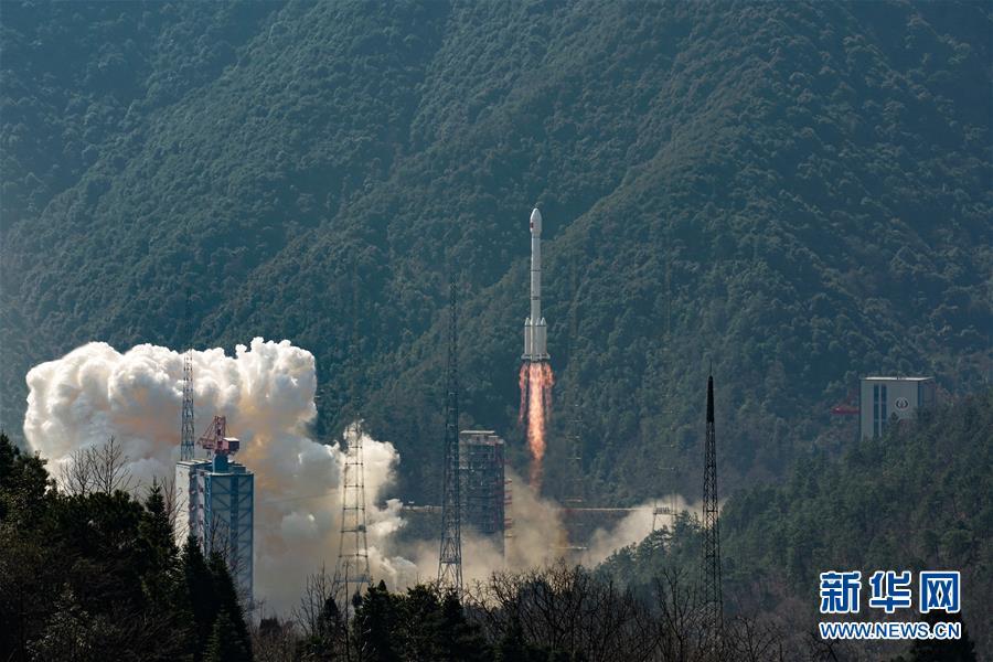 """(壮丽70年·奋斗新时代·图文互动)(2)这里是中国航天的""""技术高地""""——揭开长征火箭跨越成长的基因密码"""