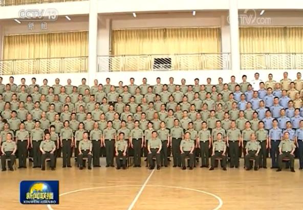 习近平在视察陆军步兵学院时强调:全面提高办学育人水平 为强军事业提供有力人才支持