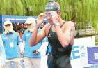 乘风破浪!全国马拉松游泳冠军赛 济南姑娘辛鑫夺冠