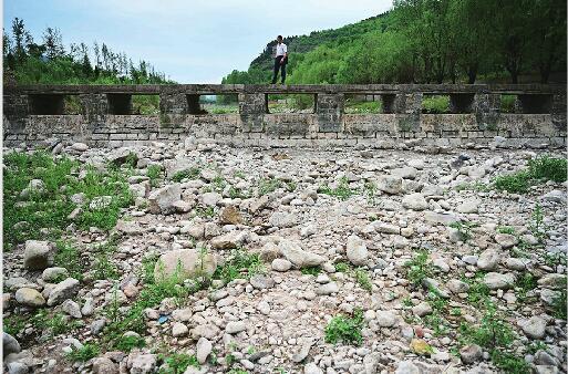 真渴了!济南日供水量突破96.5万立方米创历史同期新高