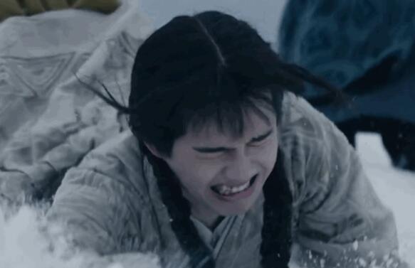 笑傻了!刘昊然回应梳麻花辫造型 齐刘海麻花辫怎么这么可爱