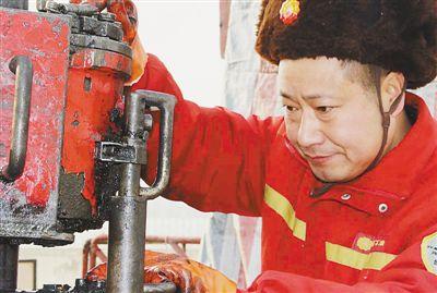 辽河油田井下作业工人、高级技师——对技术着迷的李桂库