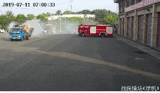 机智!史上最短出警时间是什么情况?货车着火司机一脚油门开进消防队