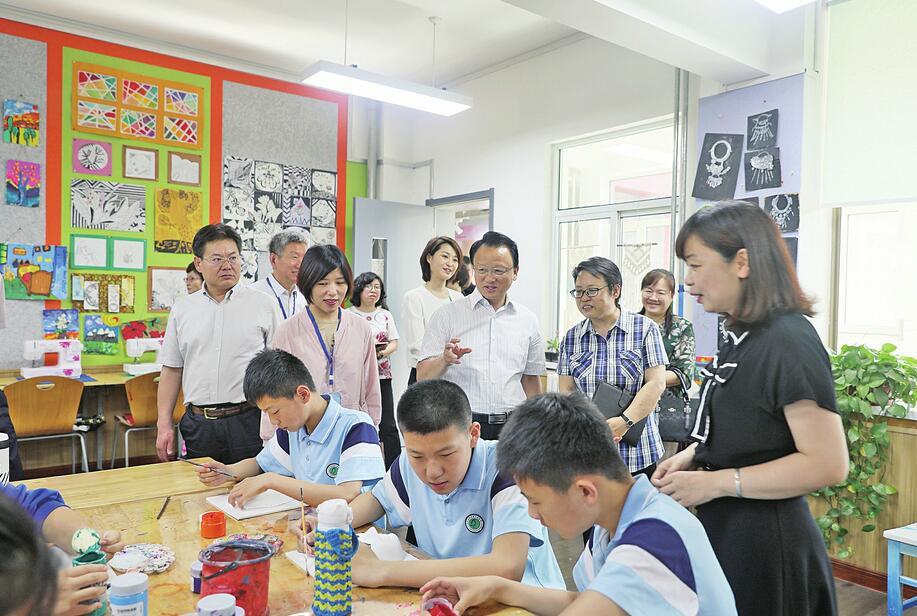 """国际化的泉城呼唤更加开放的教育——市政协第十五专题""""商量""""聚焦教育开放"""