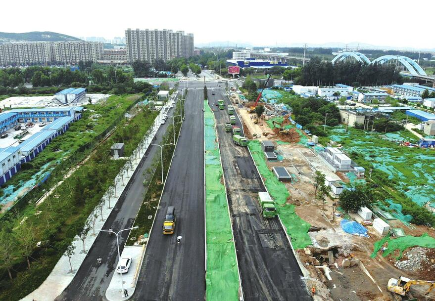 经十路齐鲁大道路口恢复交通 将极大缓解济南西部交通压力