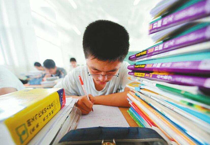 山东省640954名考生拿到大学入场券 明年高考志愿填报数量或更多