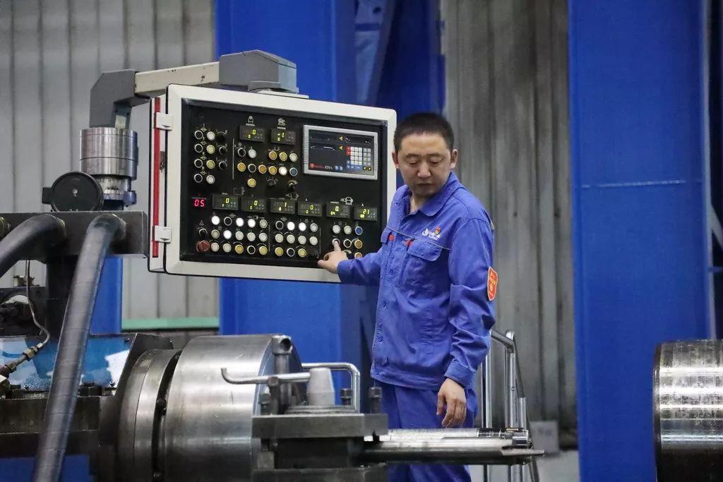 """当代 """"刀客""""——0.02毫米里钻出大国重器"""