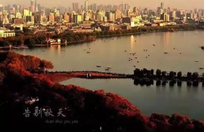 沈阳三隆西湖风景
