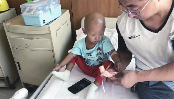 3岁娃查出肿瘤 奶奶也患上癌症 期待您的援手拉一把这个农村家庭
