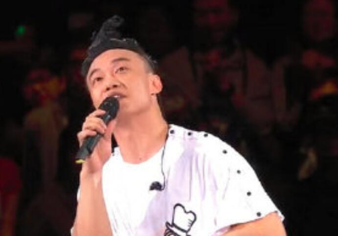 陈奕迅连胜德微博是什么现象?最终假相了,正本是这样!
