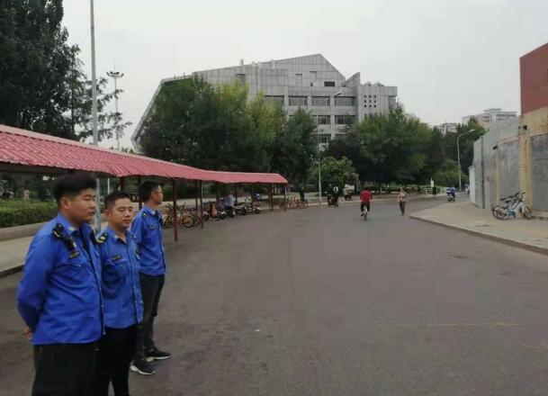 """王官庄街道办事处""""四部曲""""规范辖区市容环境秩序"""