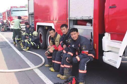 """""""身边榜样""""消防员潘东:守好""""大家"""",就是守住了""""小家"""""""