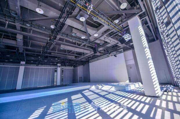 千平方米演绎大厅将上演时尚秀