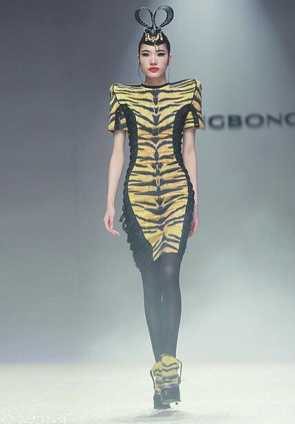 对话韩国国宝级设计师李相奉:用服装与济南交流