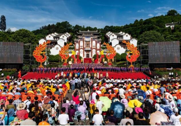 """【生态发展看秭归】wenhua为媒 旅游为介 文旅融合生态发展的""""秭归答卷"""""""