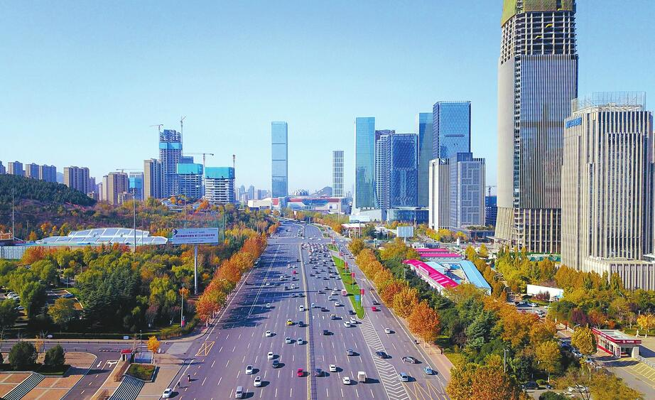 济南:寒潮来袭气温降 天蓝如洗颜值升