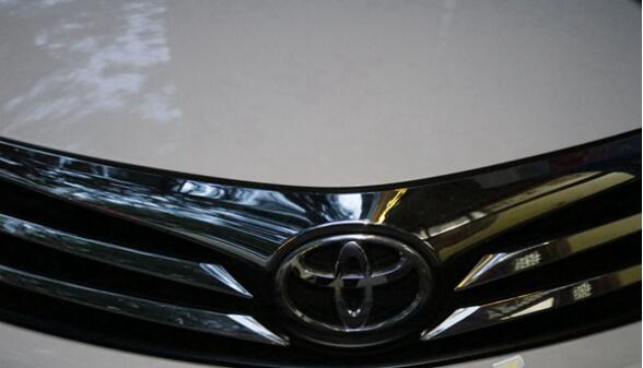 丰田、汽车