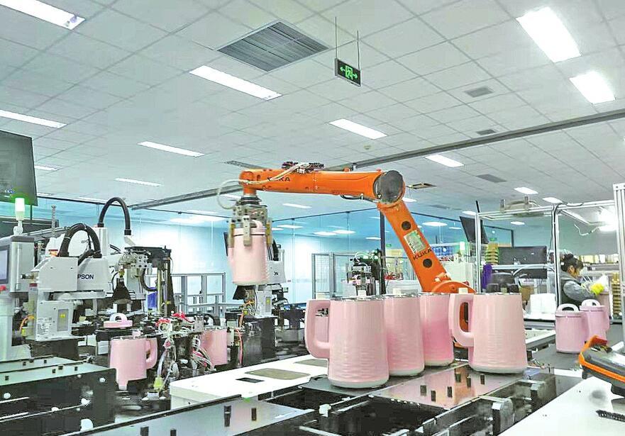 中国工程院院士建言制造业转型升级 善用系统思维与共生理念
