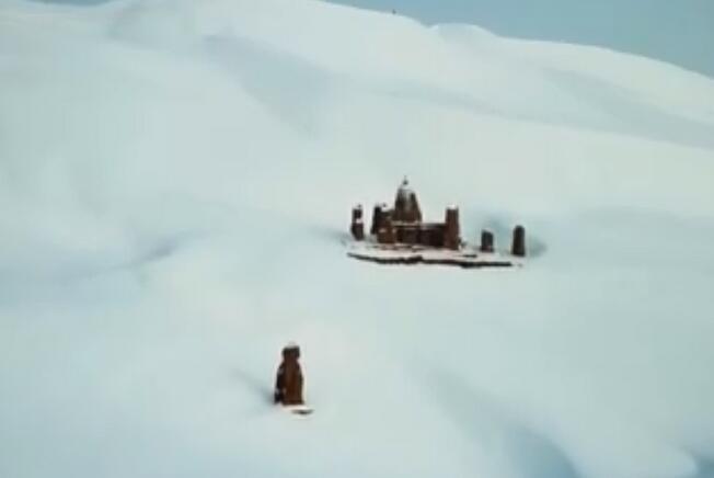 """40年不遇!沙漠变""""雪海"""" 新疆吐鲁番市鄯善县迎降雪"""