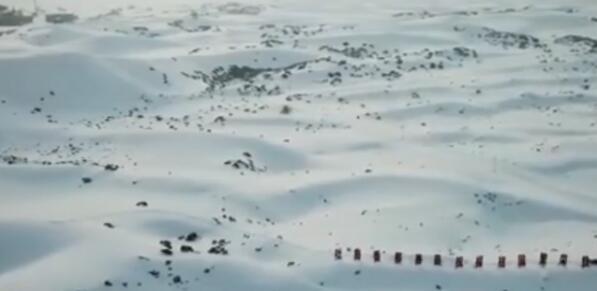 """美如画卷!沙漠变""""雪海""""是什么情况?网友:哇,好康"""