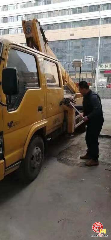 凈車出行,做路上最靚的仔——文明清潔出行濟南城管在行動