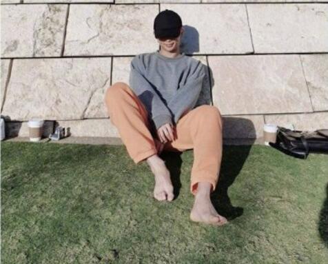 金泰亨对这张照片的回答是什么?BTS排除金泰亨是真的吗