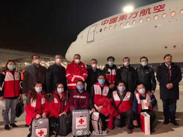 平安回来!中国医疗专家组携物资飞抵意大利