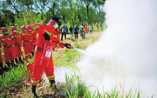 【森林防火 人人有责】槐荫区森林防灭火消防大队举行防火应急演练