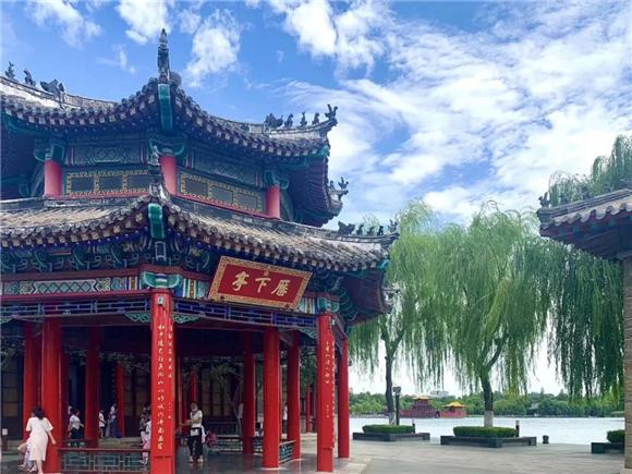 【醉美历下】初秋泛舟大明湖,享受最闲适的生活,看世间最美的风景