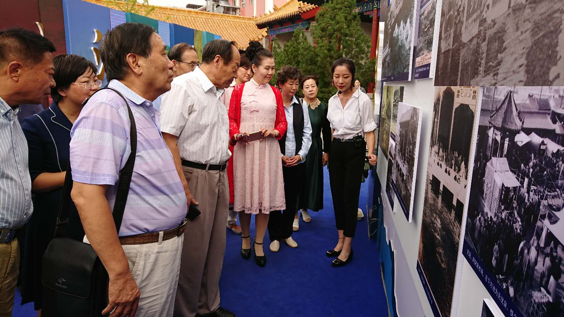 泉水节 | 老济南图片展市民巡访团团长辛安讲述老济南回忆