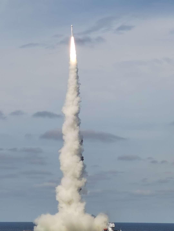 我国成功实现首次火箭海上商业化应用发射