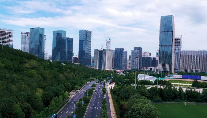 历下区着力优化营商环境 助推济南中央商务区提档升级 一城崛起擎起未来发展新高度
