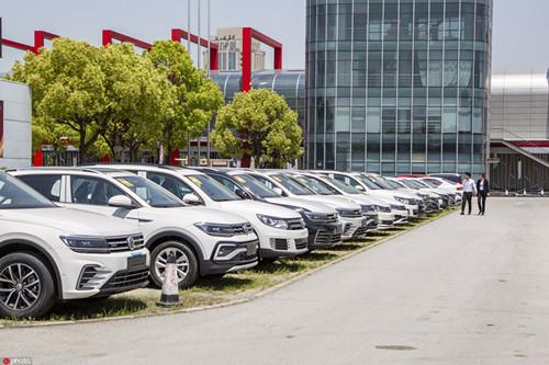 10月汽車銷售同比增12.5% 累計銷量降幅收窄至5%以內