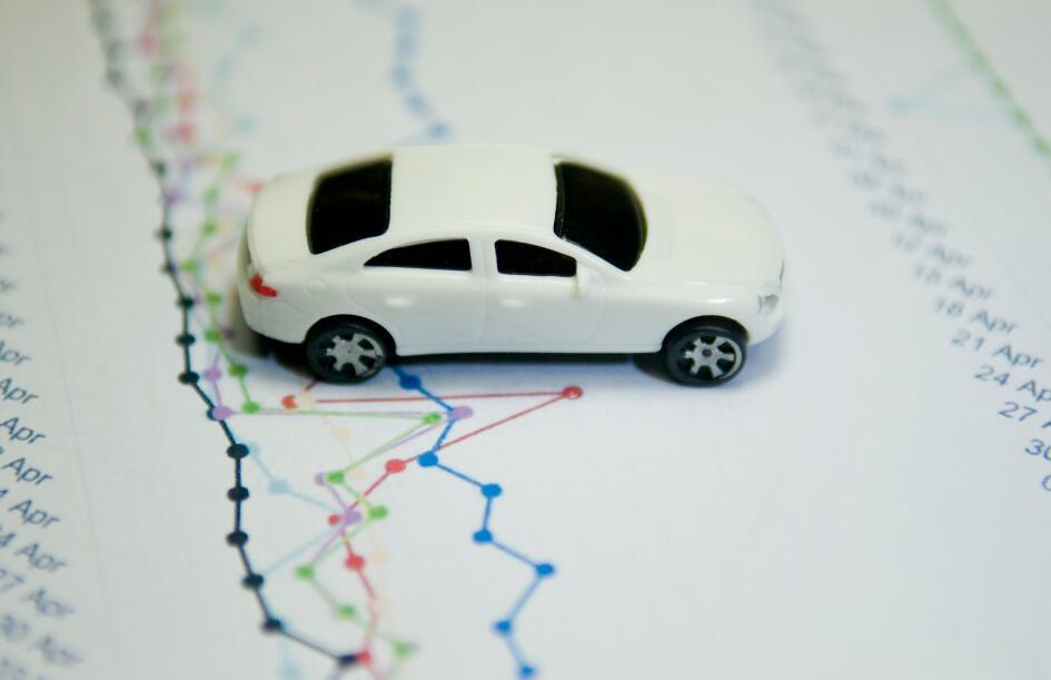 我國1-11月新能源汽車銷量增速由負轉正