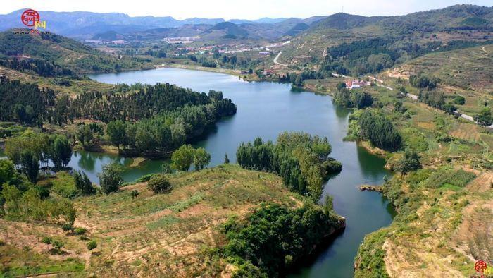 雪野湖畔的美丽乡村