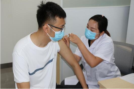 今天開放!山東互聯網醫保大健康總醫院已具備疫苗接種服務能力,高新區又添一新冠疫苗臨時接種點