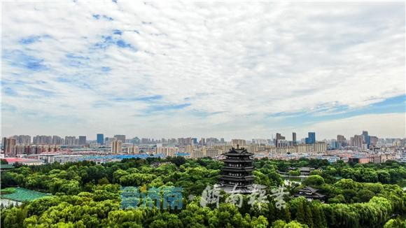 500米高空瞰济南这座天空之城