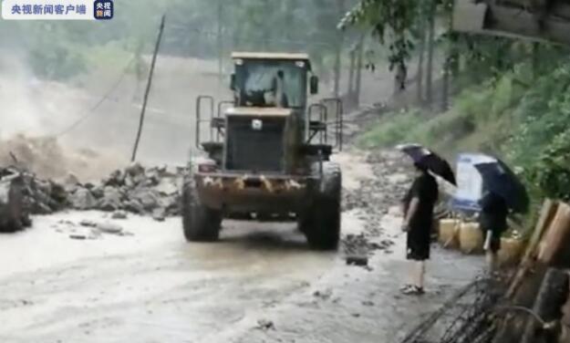 四川广元普降暴雨 东河旺苍段提前转移群众近2500人