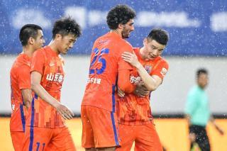 中超-费莱尼头槌郭田雨建功 山东2-0沧州3轮首胜