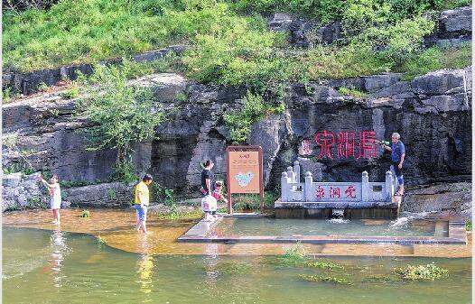 济南趵突泉4天上涨47厘米 28.89米位居复涌以来同期水位第三名