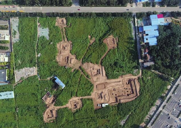 长清38座古墓葬发掘完工 东汉墓墙砖地砖雕...