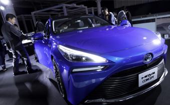 """""""双碳""""目标下新能源汽车推广加速"""