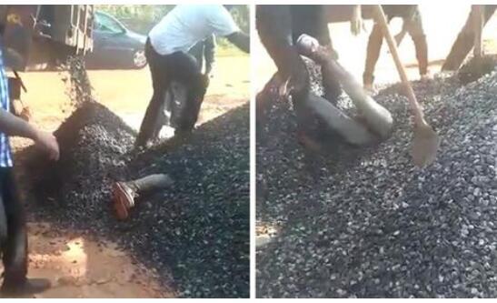 肯尼亚:卡车倾卸碎石误将男子掩埋3分钟 挖出时已昏迷